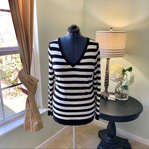 Torrid V Neck Striped Sweater Size 1X